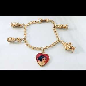 "Disney Snow White And Dwarfs Bracelet 7 1/2"" Long"